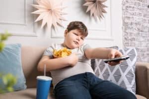 اسباب-السمنة-عند-الاطفال